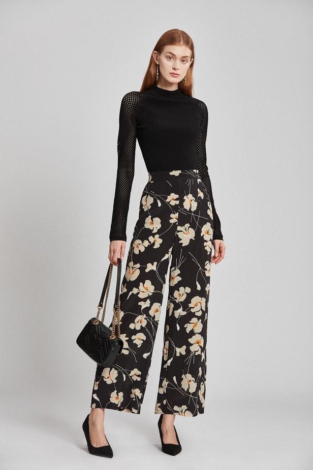 pantalone con fantasia floreale per l inverno